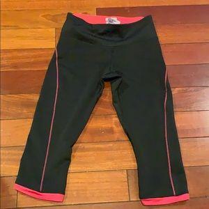 New balance xs cropped leggings